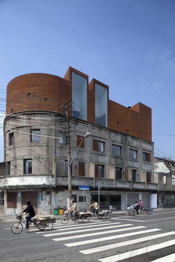 The-Waterhouse-Neri-Hu-Tuomas-Uusheimo_1.jpg