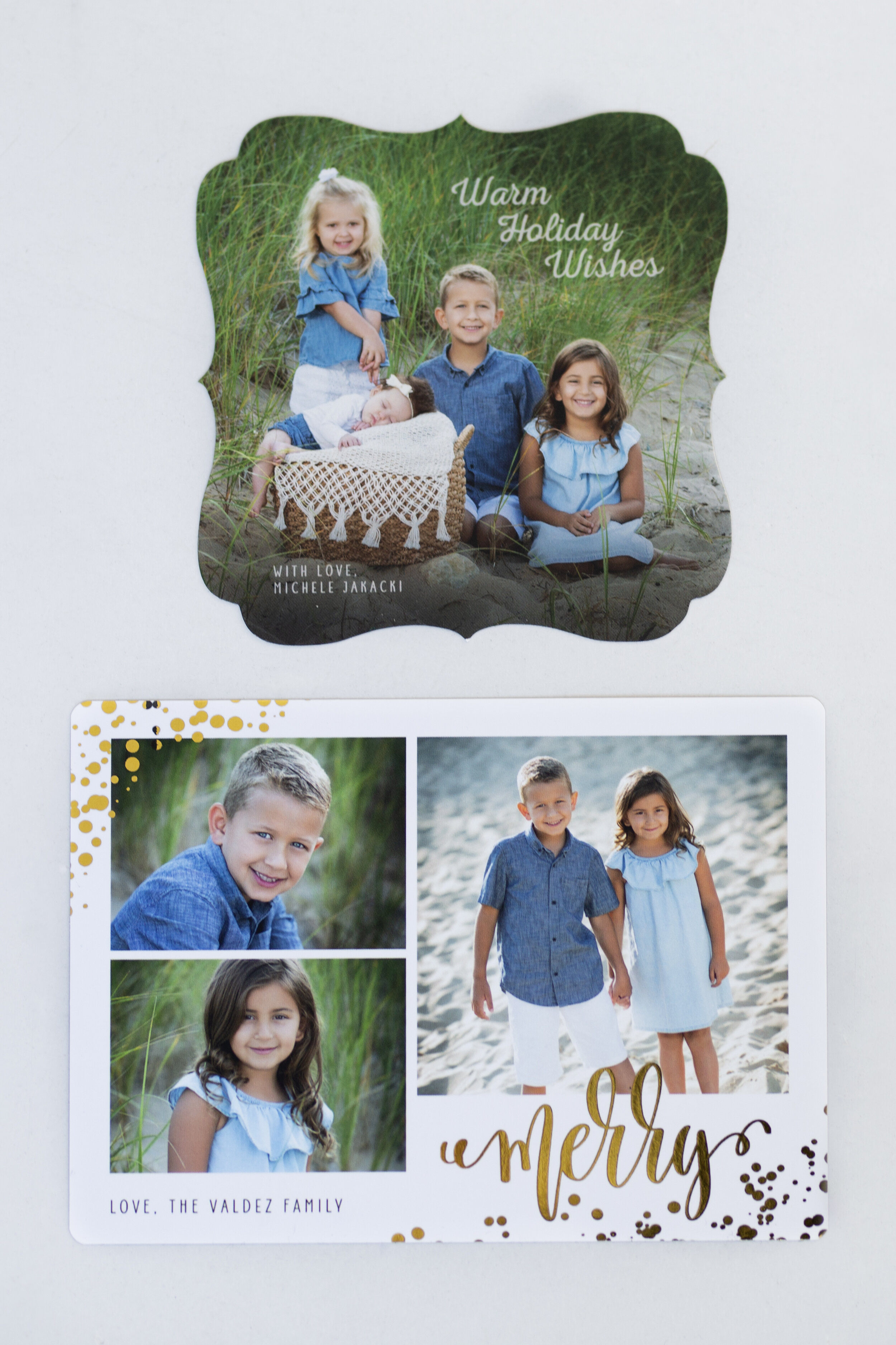 - Custom foil comes in a variety of colors: gold, silver, rose gold, etc. This elegant and stunning material can be done in any font or greeting of your choice. Velvet paper differs from photo paper because of its soft, smooth texture on the photo. As for minimalistic card styles, everyone loves this simple style because it's clean and does not detract from your family portrait(s).