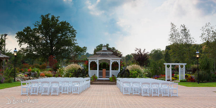 Conservatory-at-the-Sussex-County-Fairgrounds-Wedding-Augusta-NJ-7_main.1436828322.png