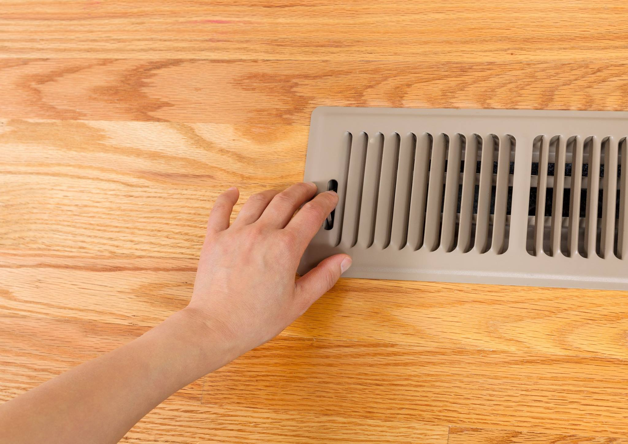 vent on floor.jpg