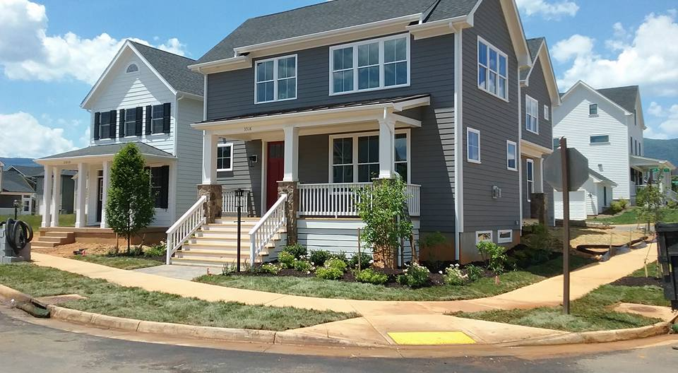 Small Yards Can Look Amazing - Even small yards need some TLC now and then. Call us to see what we can do for you.