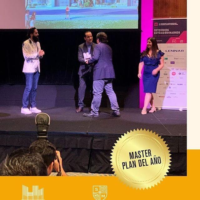Estamos orgullosos de comunicar que uno de nuestros proyectos @santamonica.panama recibió el galardón como el proyecto Master Plan del Año en los premios @premiosladis ¡Felicidades a todo el equipo!