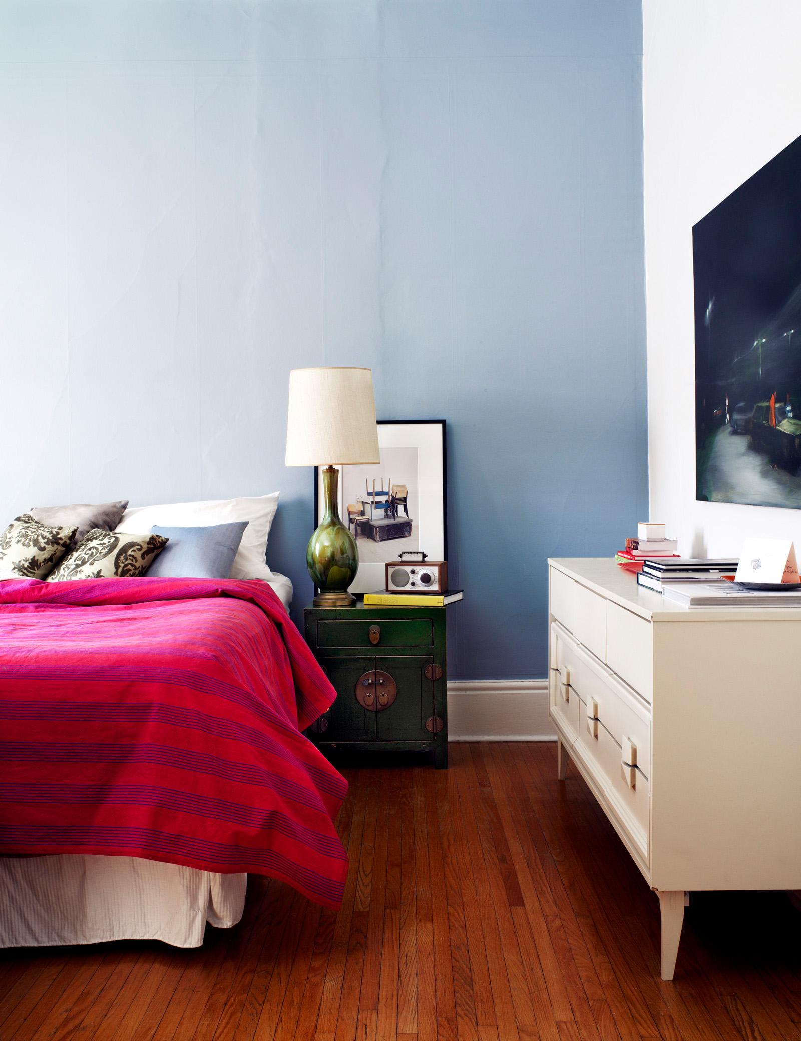 218807-10854068-bedroom_2_jpg.jpg