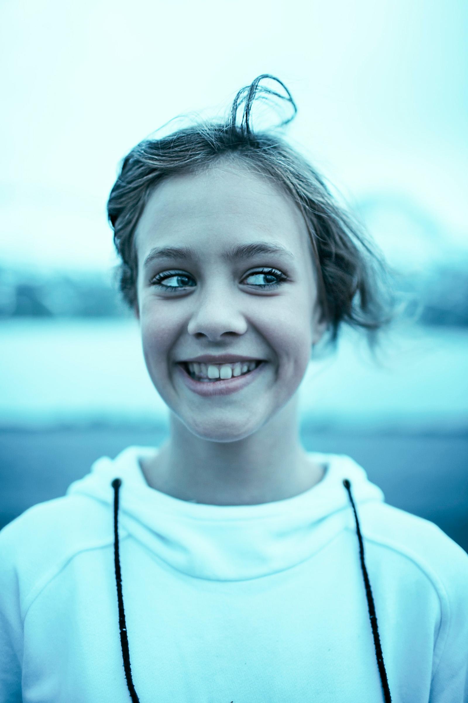 218807-11137258-Iceland_girl_2_jpg.jpg