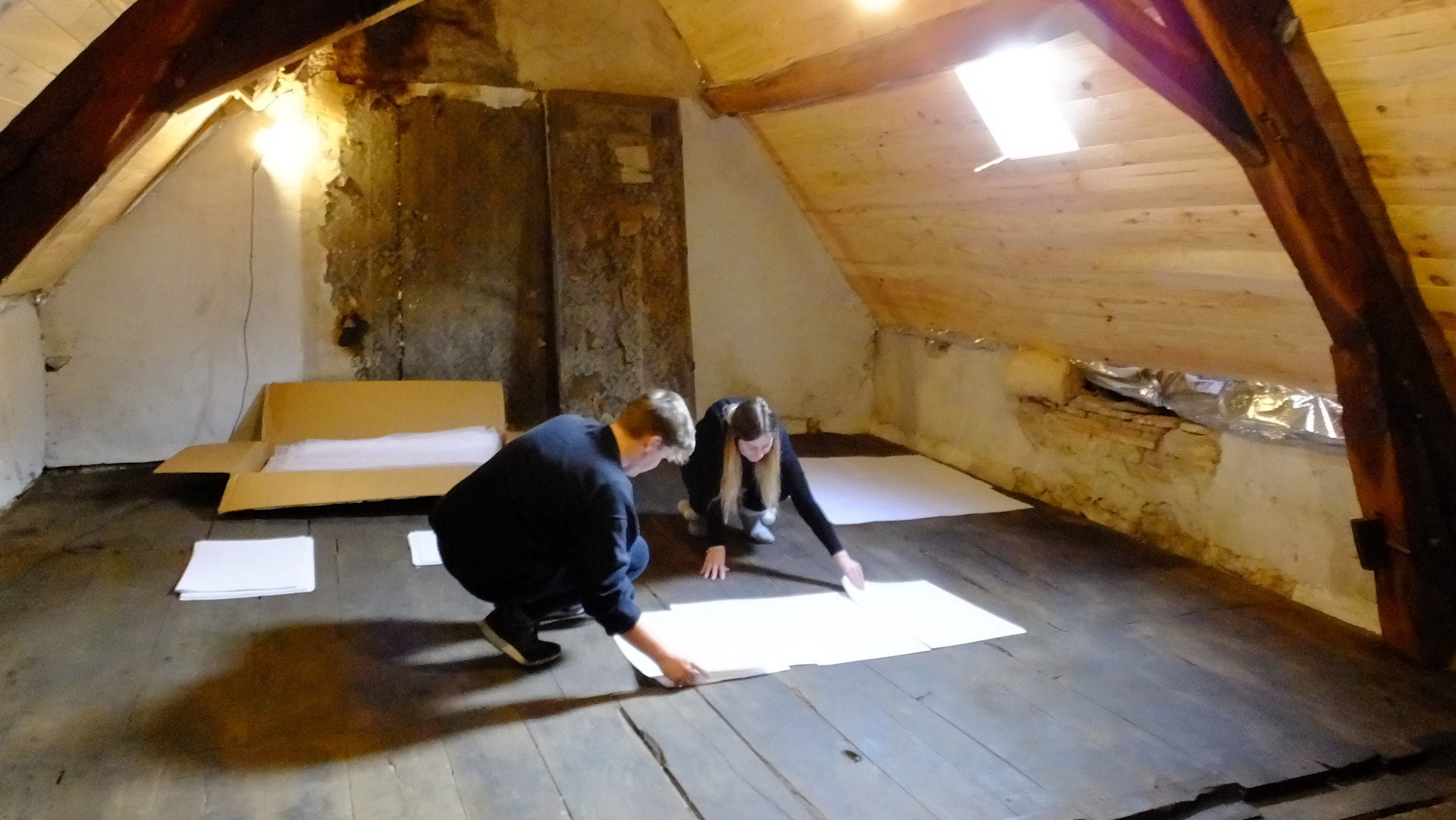 Dr. Charlotte Newman (English Heritage) & Morgan Annett-Parish (Atelier de Melusine) working in the Grenier space
