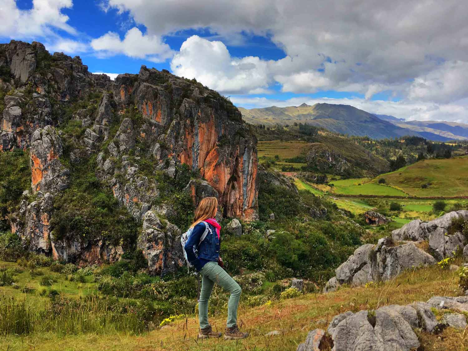 Marlee in Cusco's countryside during the Immersion.