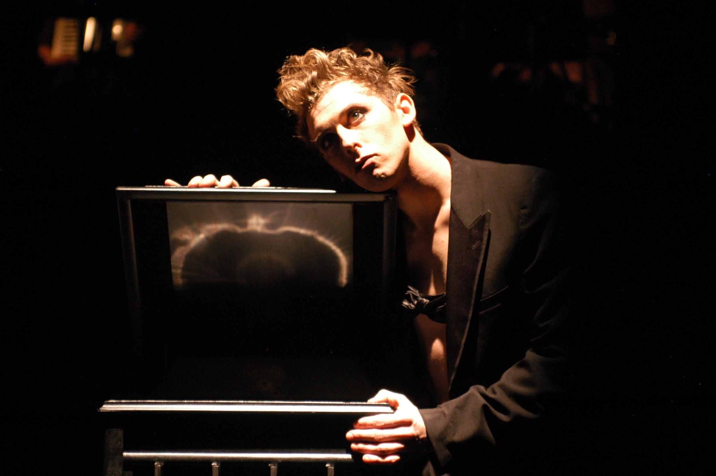 Leo Ash Evens Cabaret Emcee Arvada 1.jpg