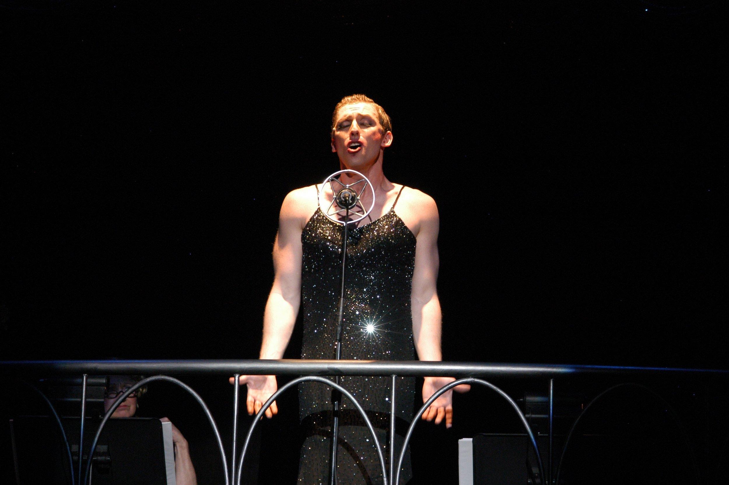 Leo Ash Evens Cabaret Emcee Arvada 2.jpg