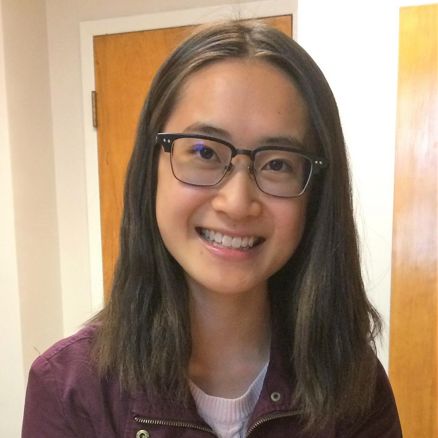 Hannah Chan is an undergraduate Human Nutritional Sciences student at the University of Manitoba and food enthusiast. Her keen interest in how multi-level food systems and food environments affect the nutritional health of individuals and populations led to her role as UManitoba's Meal Exchange Chapter Coordinator in 2016. As a member of the Student Standards Committee (Round 3) and as the Good Food Challenge Calculator and Campaign Lead at the University of Manitoba, Hannah is passionate about connecting stakeholders in the university community, and leveraging the collective energy and creativity of students to build more sustainable, equitable, and healthy campus and community food systems.