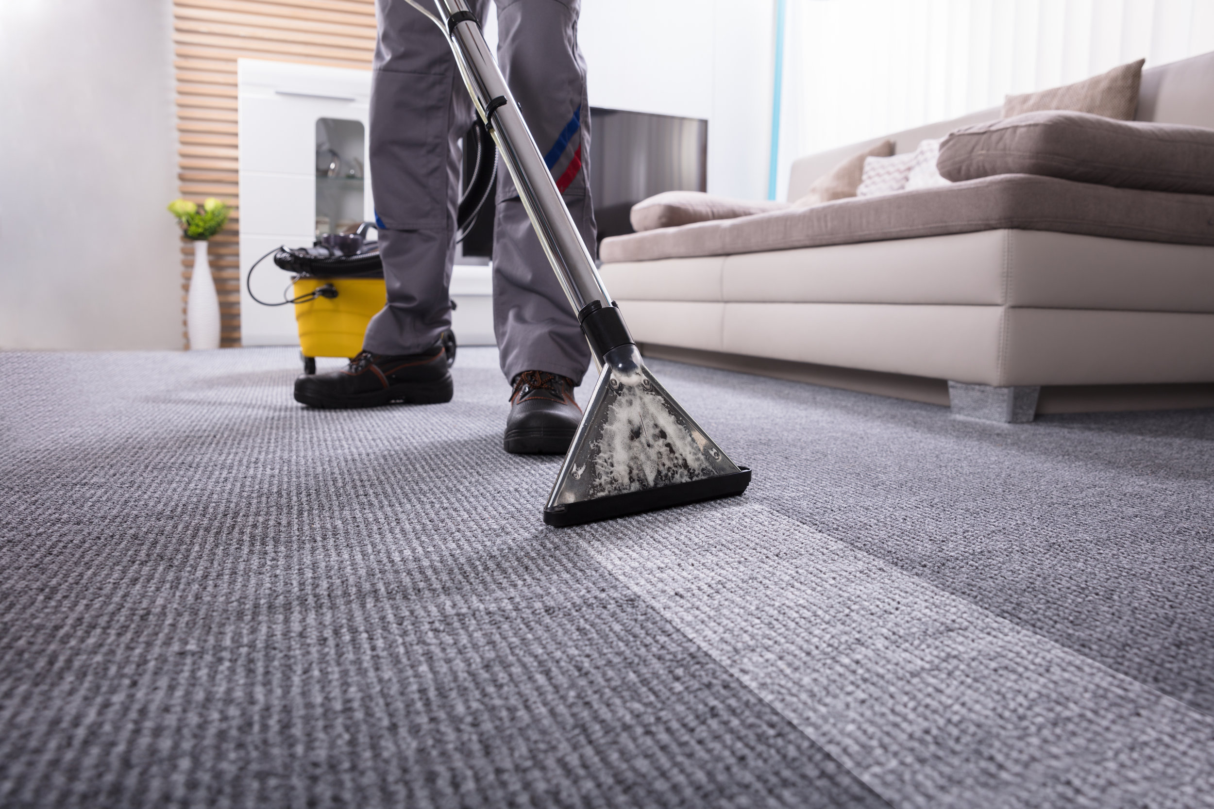 RESIDENTIAL & COMMERCIAL CLEANING -