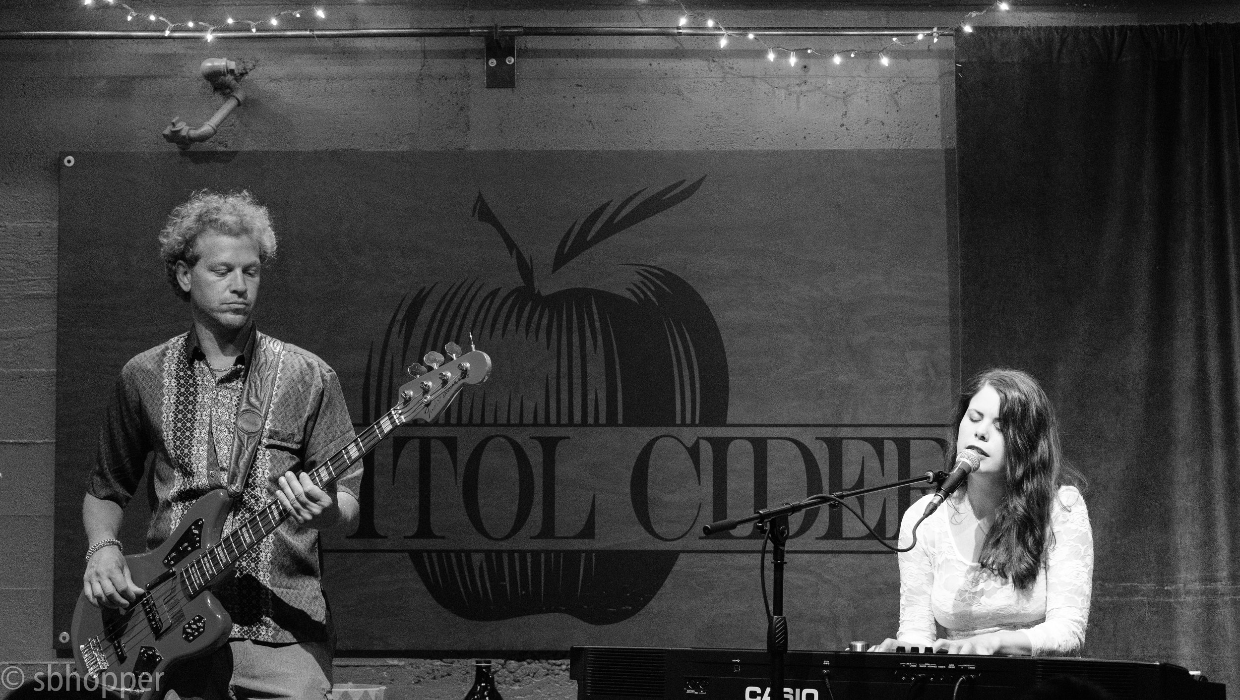Sarah St Albin and Heather Edgley at Capitol Cider 9 August (5 of 5).jpg