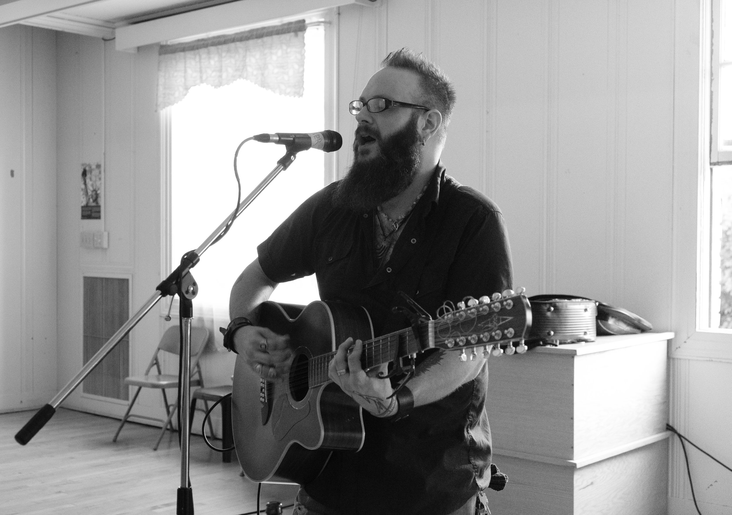 Paul Mauer, Fellowship Hall, Seattle Acoustic Festival, August 2017.