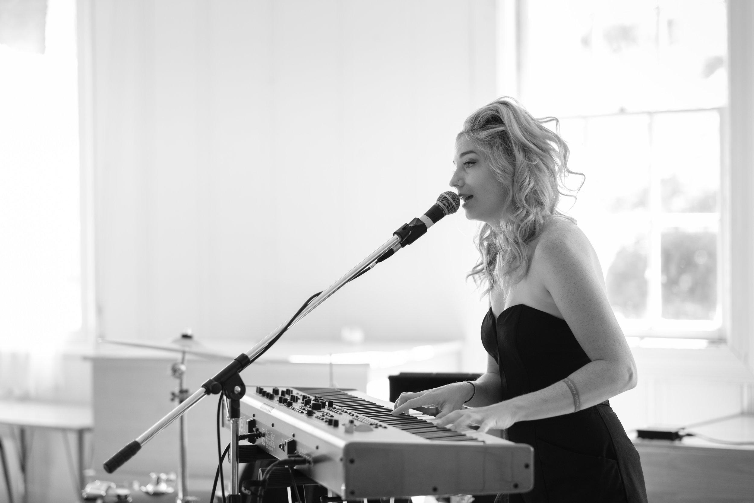 Anna St. Lee, Fellowship Hall, Seattle Acoustic Festival, August 2017.