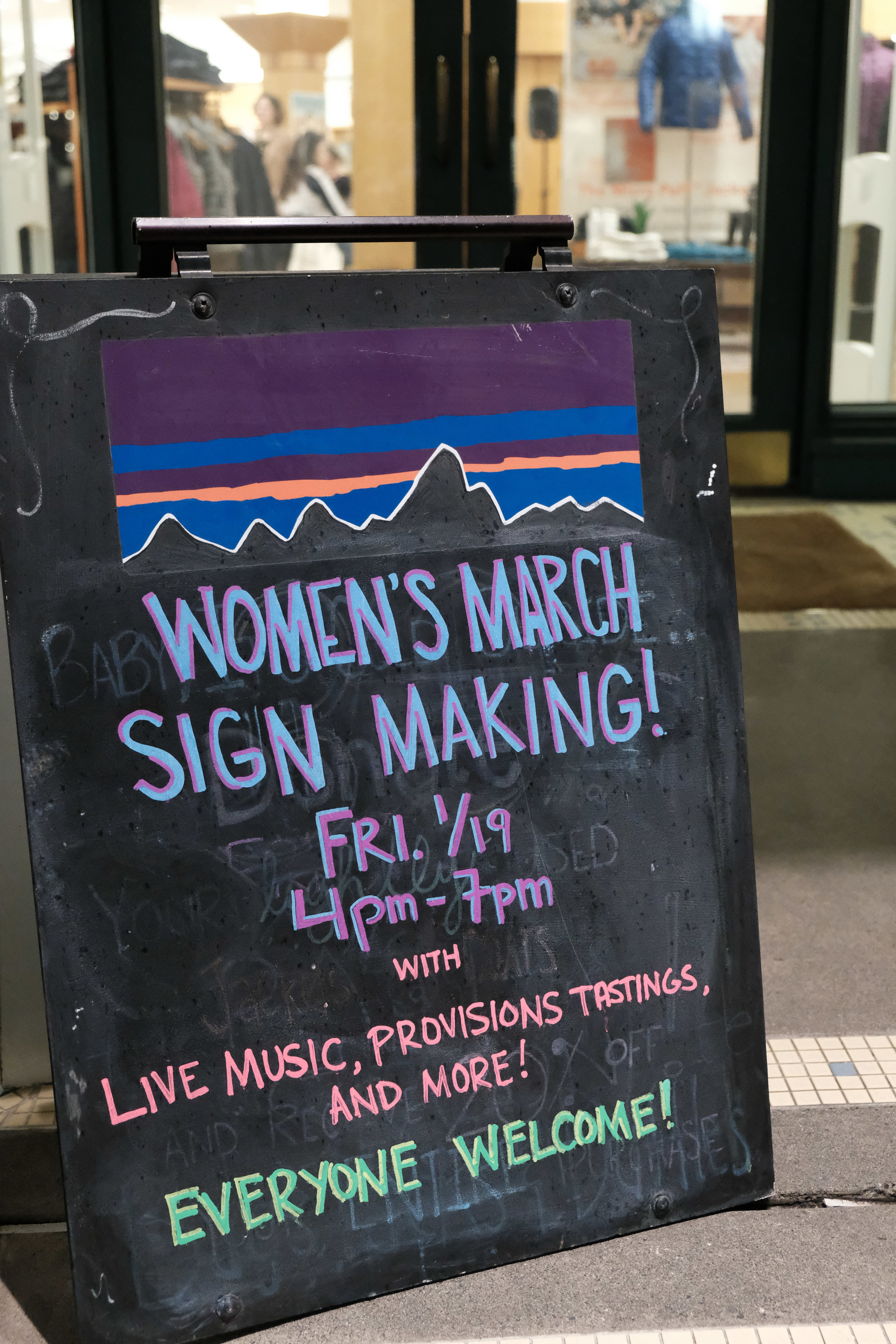 Patagonia's Women's March Seattle sign-making event, 19 January 2018.