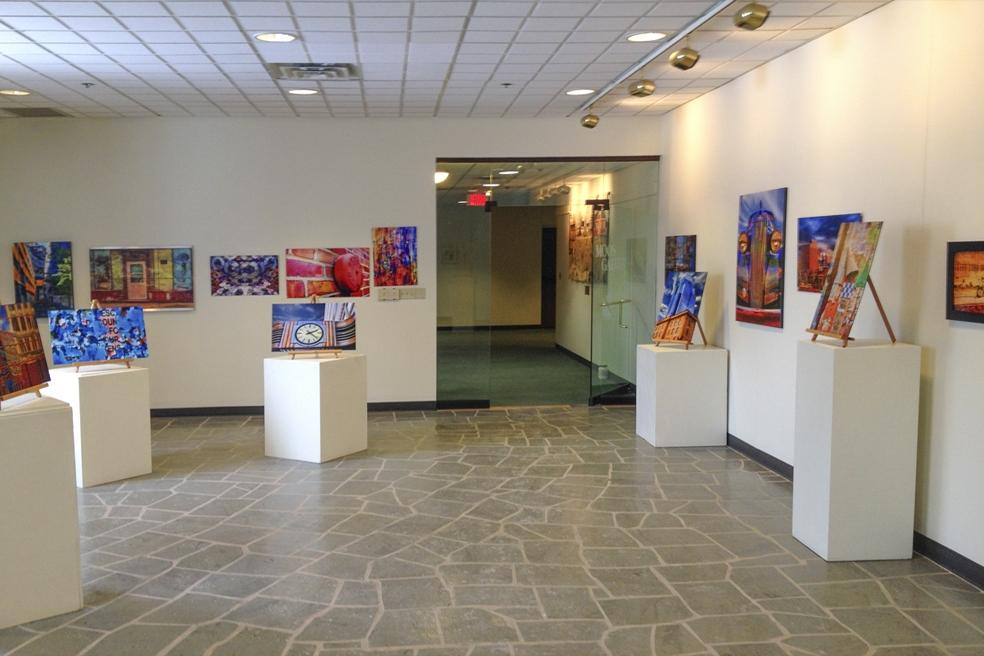 Moos Gallery 001.jpg