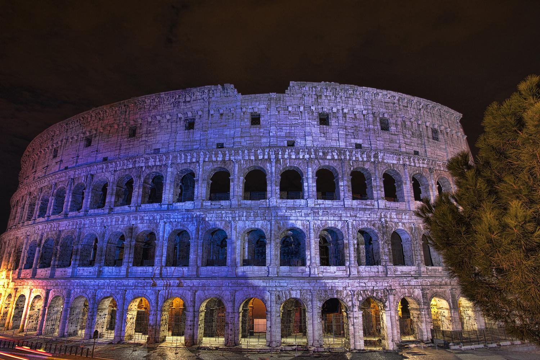 Rome Colisseum - Resized.jpg