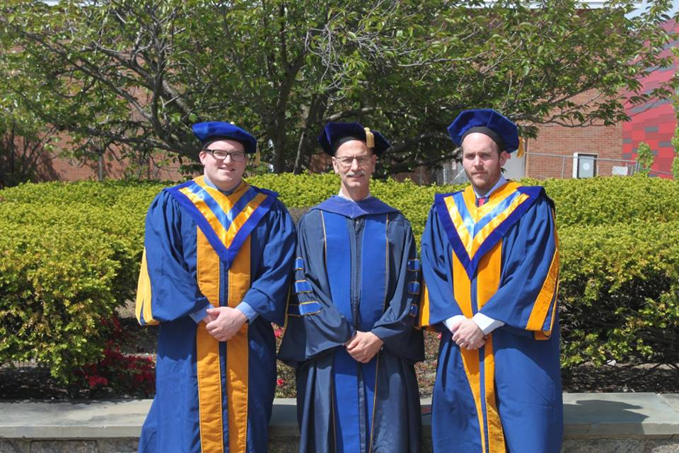 05/2016 - Rebecca Hamlyn joined the group. Her research will be focused on NAP-STM imaging of Cu based catalysts.Joe and Matt (and Mike) participated in the Spring Commencement at Stony Brook University.