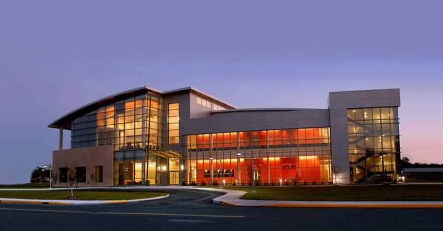 Center of Functional Nanomaterials