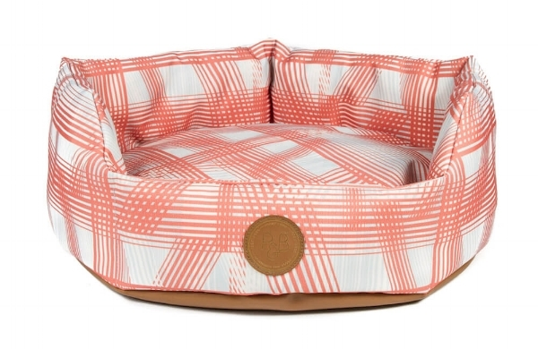 Peaches dog bed - Pooky & Boo.jpg