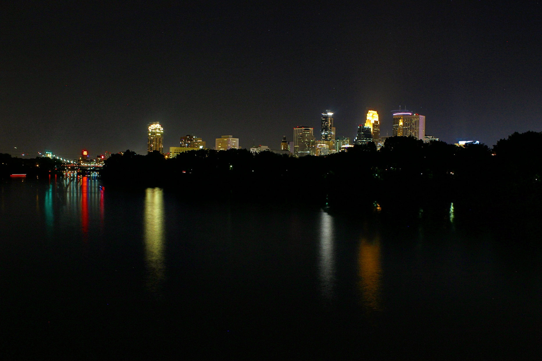 A shot from the Plymouth Ave bridge on the walk home