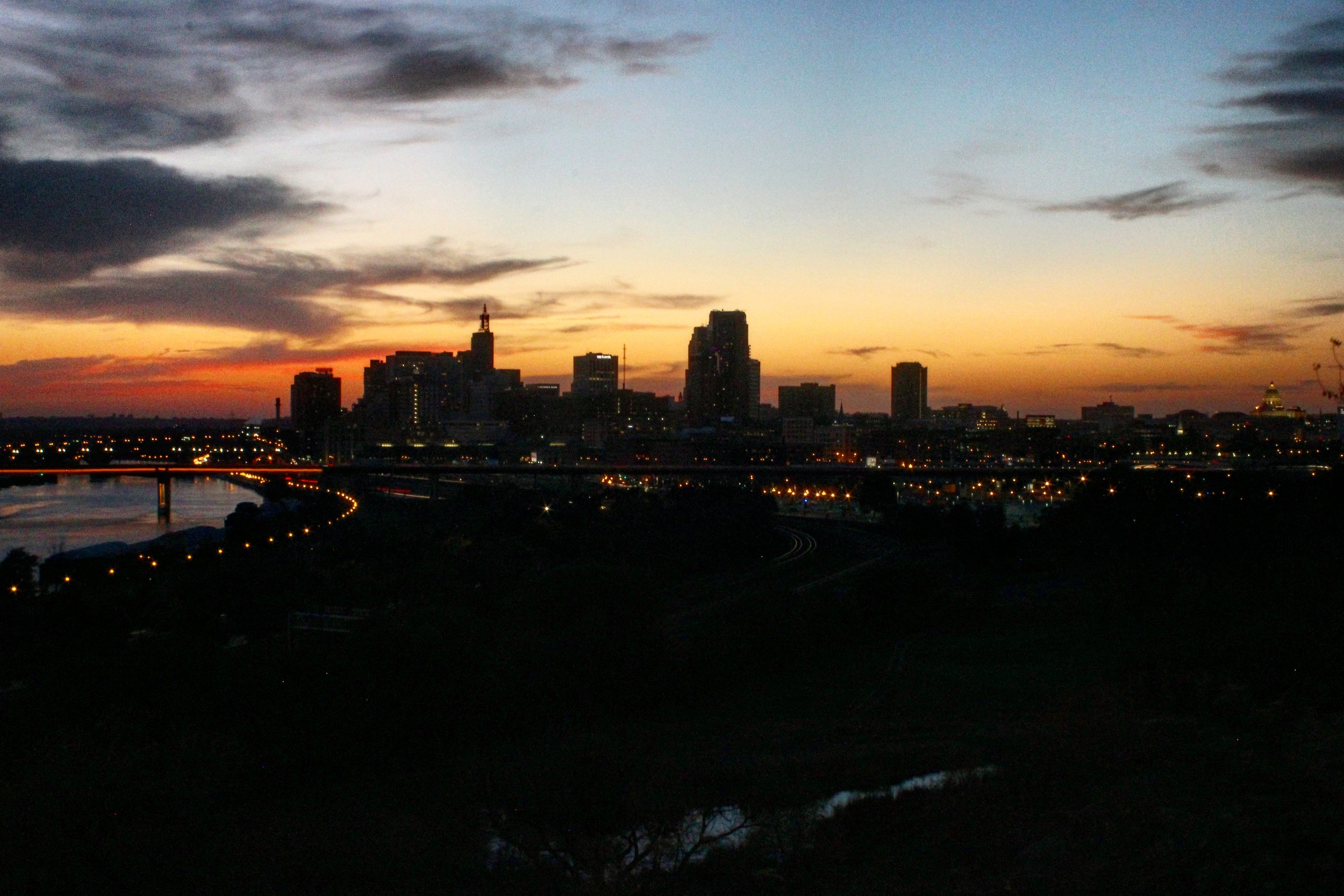 Not an official 'stop' but I had to snag this sunset skyline pic of St Paul as I came back home after 12 hours on the road.