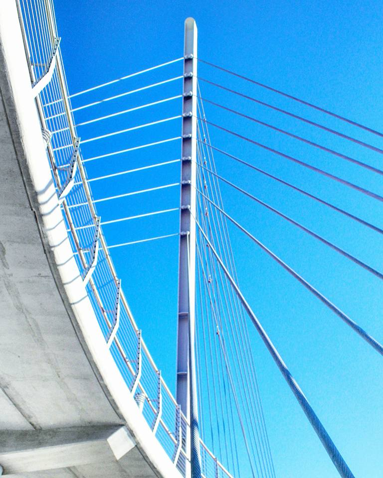 Sabo pedestrian bridge over highway 55 on a clear day