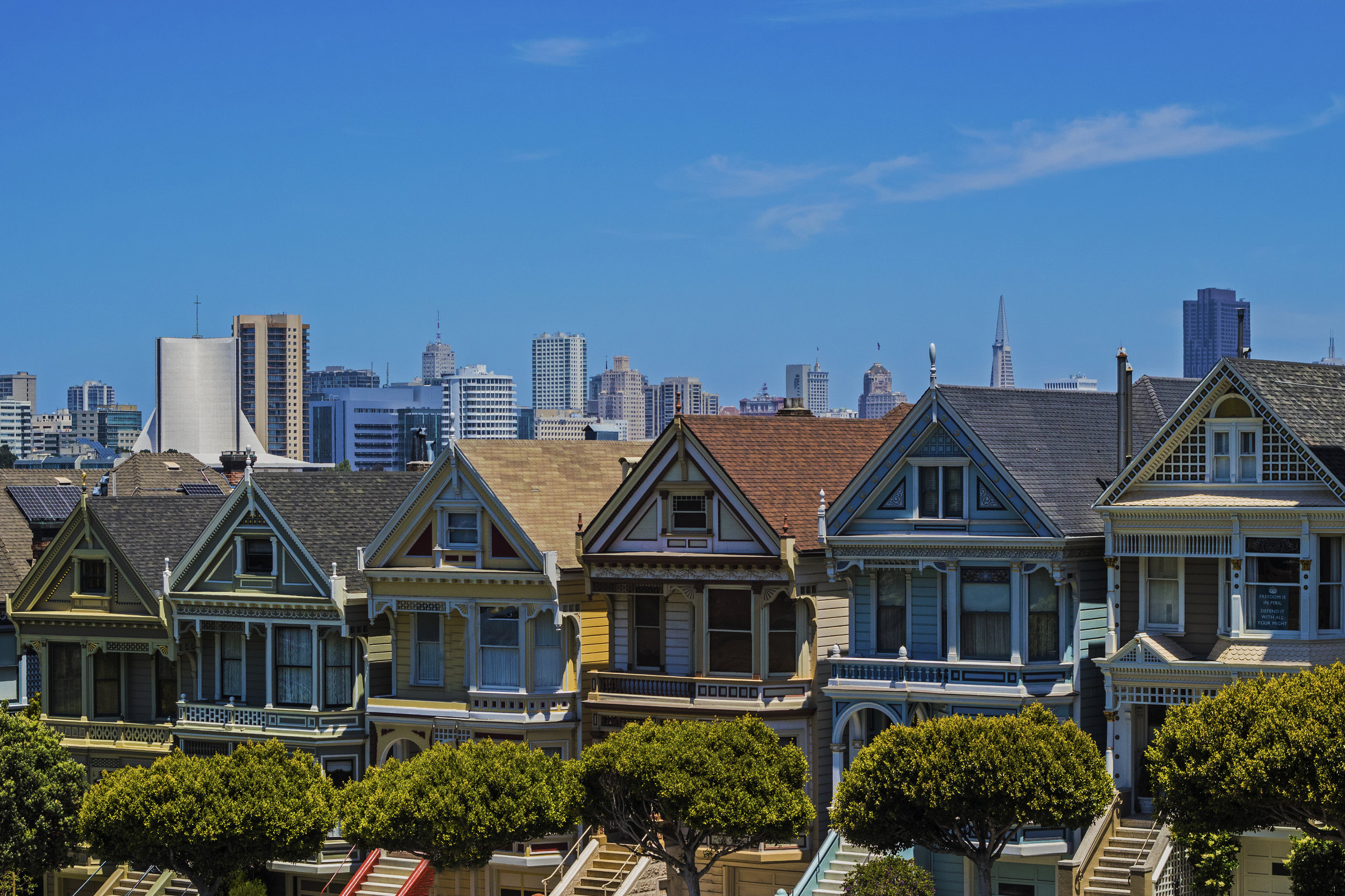 """The """"Painted Ladies"""" houses from the opening credits of """"Full House"""""""