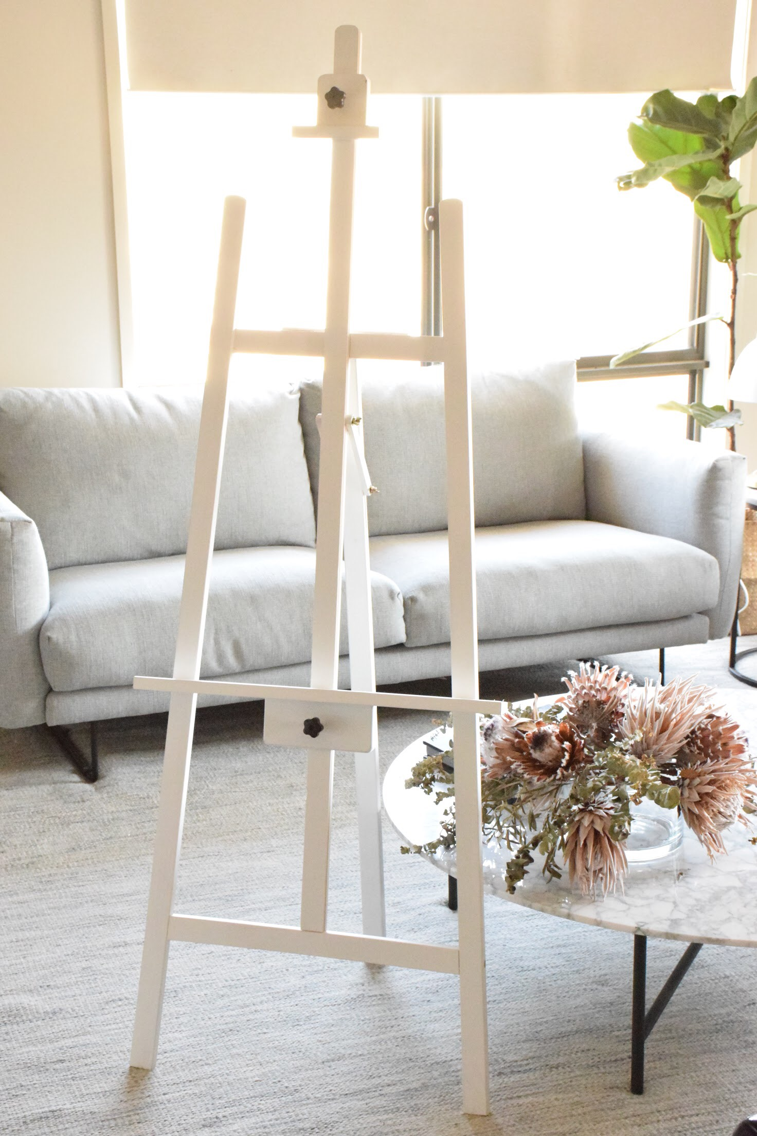 WHITE EASEL. PLEASE CONTACT ME VIA FACEBOOK BUSINESS PAGE OR EMAIL FOR BOOKINGS. (LOCAL WANGARATTA AREA ONLY)