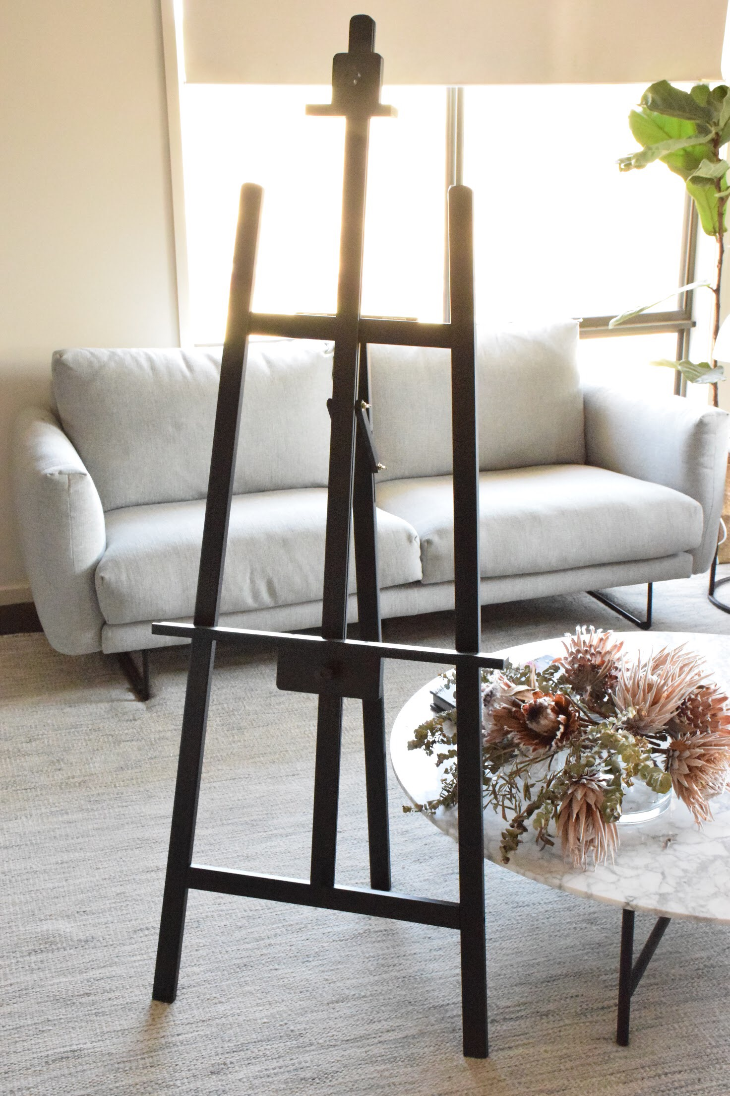 BLACK EASEL. PLEASE CONTACT ME VIA FACEBOOK BUSINESS PAGE OR EMAIL FOR BOOKINGS. (LOCAL WANGARATTA AREA ONLY)