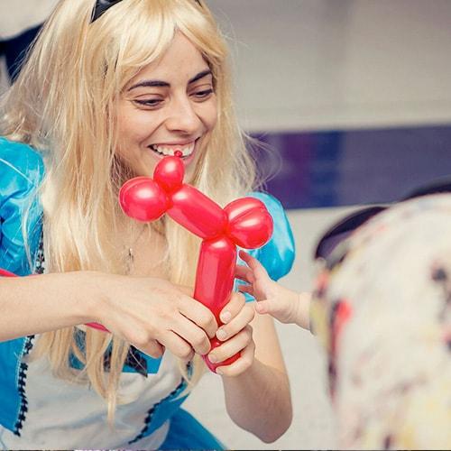 Balloon+Twisting+Entertainer+for+Kids.jpg
