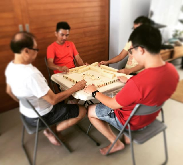 We love bring families together. It's a generational showdown. #mahjong #twinvillas #phuketluxury #twinvillasnatai #nataibeach #natai #family #familyholiday #luxuryvillaphuket #phuket #luxuryvilla