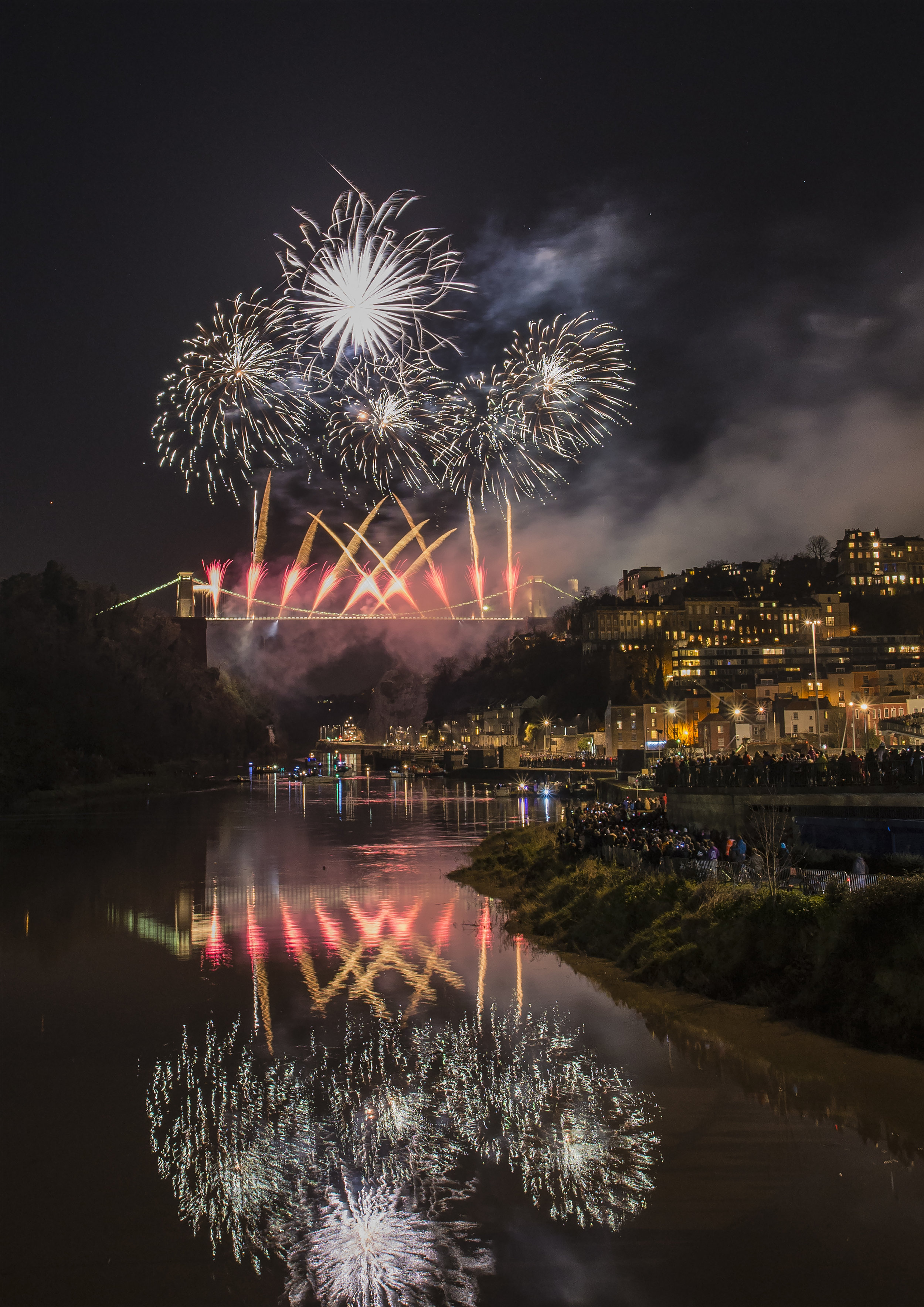 Clifton Suspension Bridge Fireworks 2.jpg