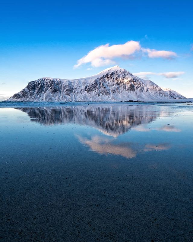 Amazing reflections on Skagsanden beach, Lofoten. ------------------------------------------------------- @lumixuk G9+8-18mm