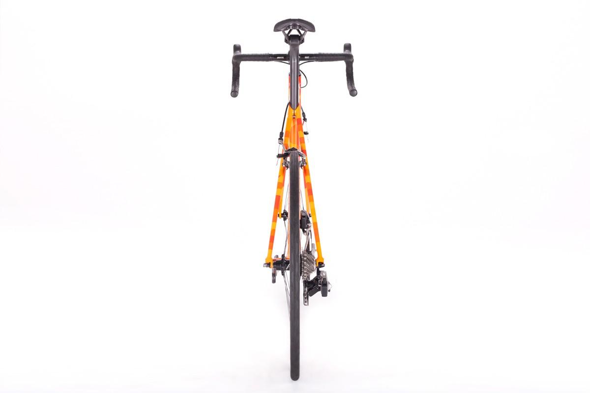 Orange05-1200x800.jpg