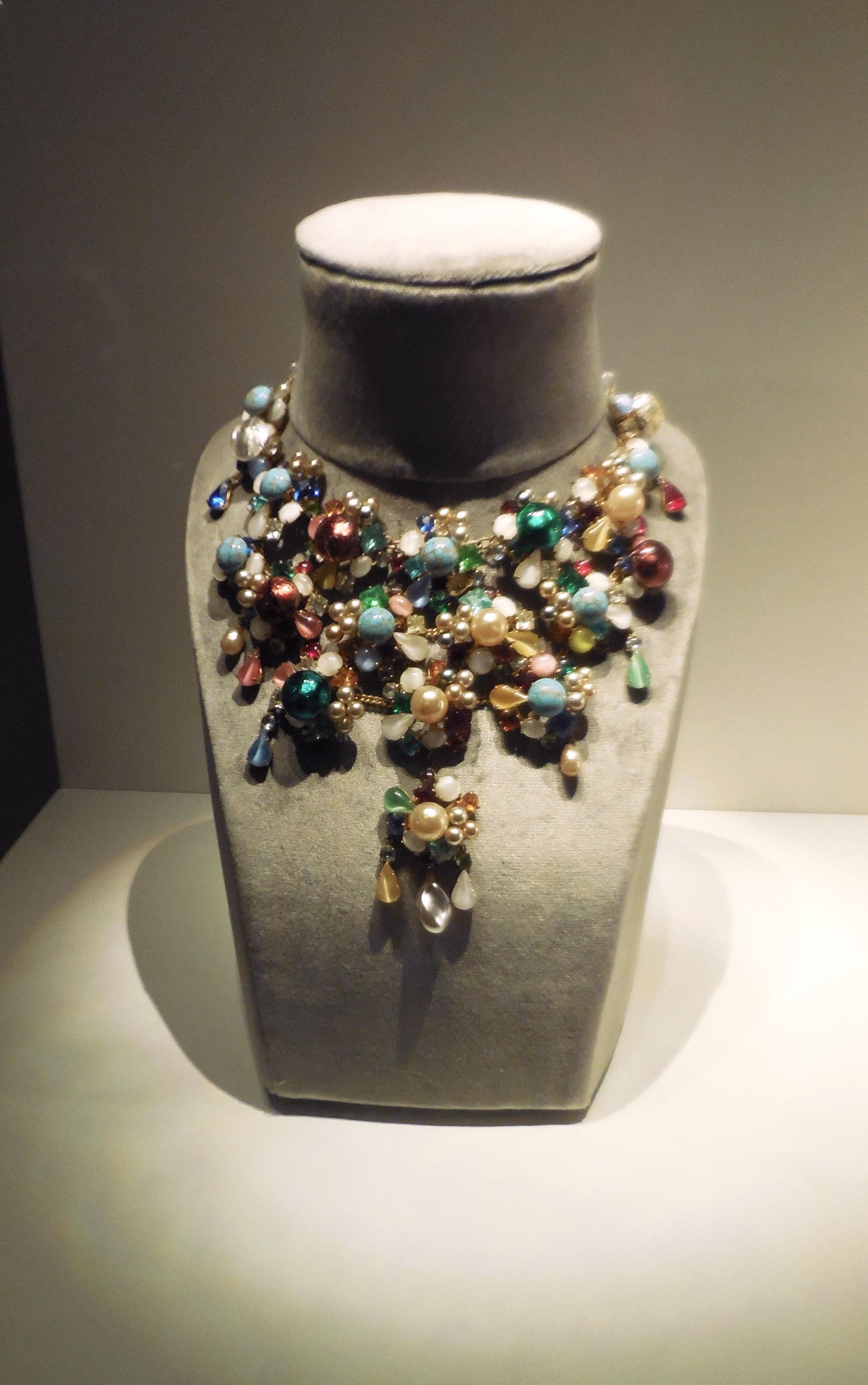 Dior Baudy Necklace 1.jpg