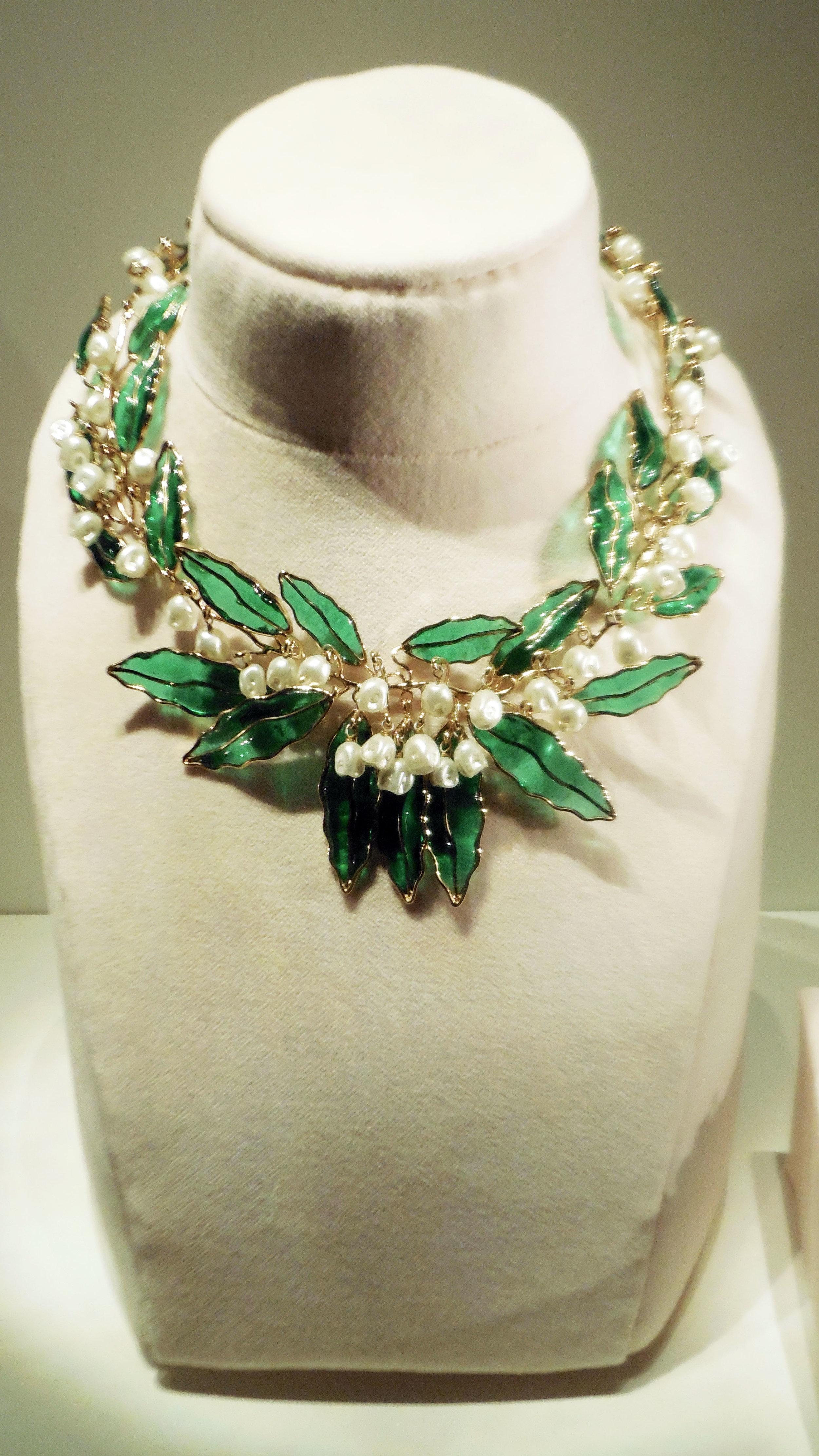 Dior Green Leafy Necklace.jpg