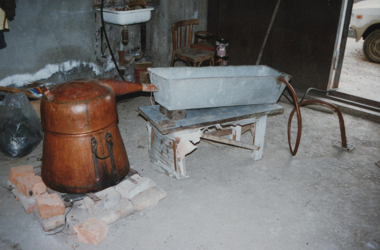 Some Georgian still distill at home using a contraption that looks like this.Photo by Thomas Widmann- Wikimedia Commons