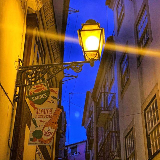 Exploring the alleys of Alfama last night. . . . #lisbon #lisboa #alfama #lisbonlife #alfama #visitinglisbon #portugal #lit #portugal🇵🇹 #streetlights #cervejasagres #allthealleys #portugaltravel #travelportugal #lightflare #travel #gltlove #travelblogger #travelblog #glt #travelphotography #ladiesgoneglobal #travelgram #traveltheglobe #alfamadistrict #traveltheworld #lampsoftheworld #traveleurope #travelingthroughouttheworld #nightwalk