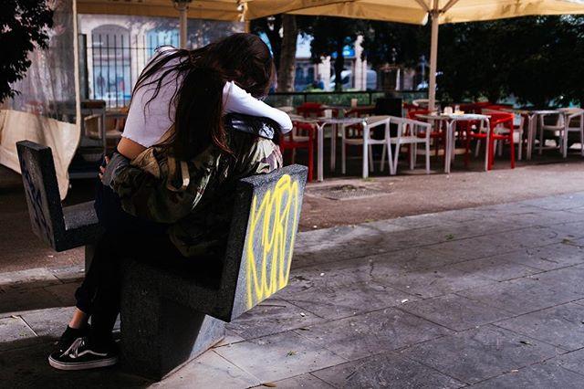 Lovers. #barcelona #x100f #provia100f #photography #elgotico #vscofilter