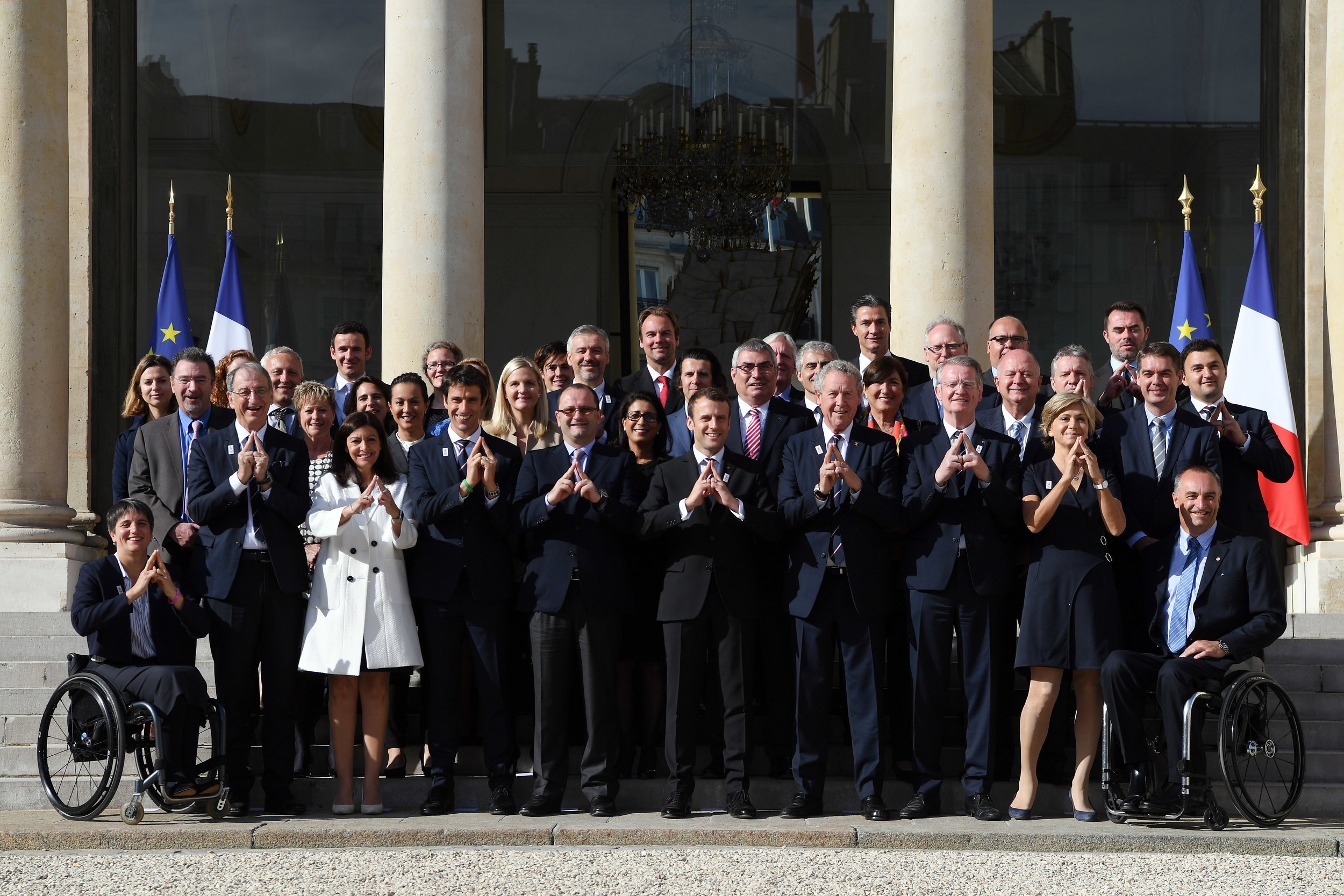 French president Emmanuel Macron at the Elysee Palace with the IOC evaluation commission and Paris 2024 bid team // Philippe Millereau / KMSP / Paris 2024