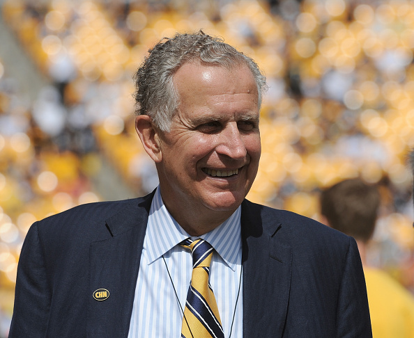 Former NFL commissioner Paul Tagliabue in 2014 // Getty Images