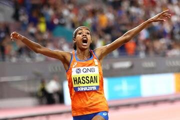 Sifan Hassan wins the women's 1500 // Getty Images