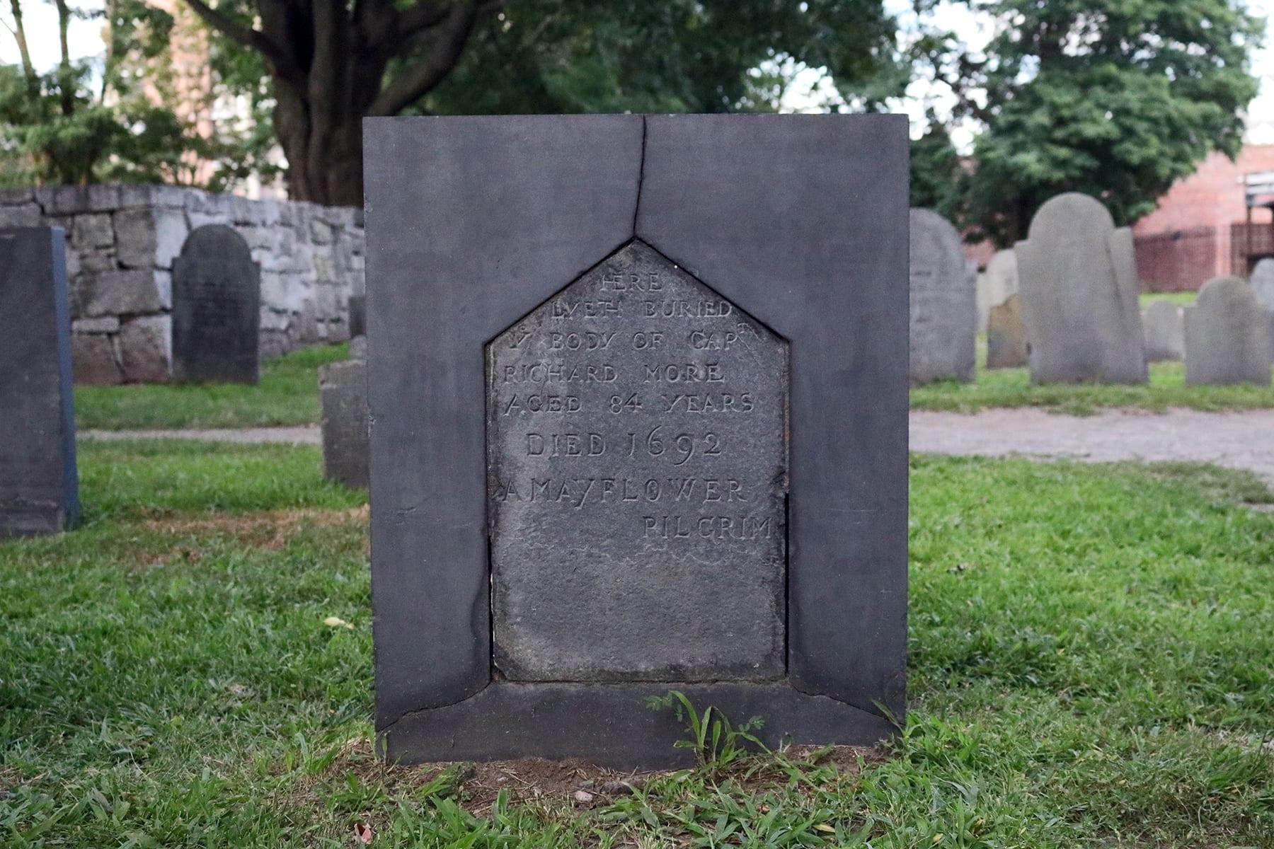 04-MA-journey01-gravesitemayflower.jpg
