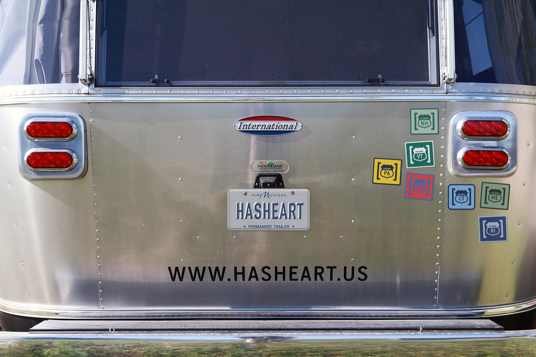 airstream-bumperstickers-07-CT.jpg