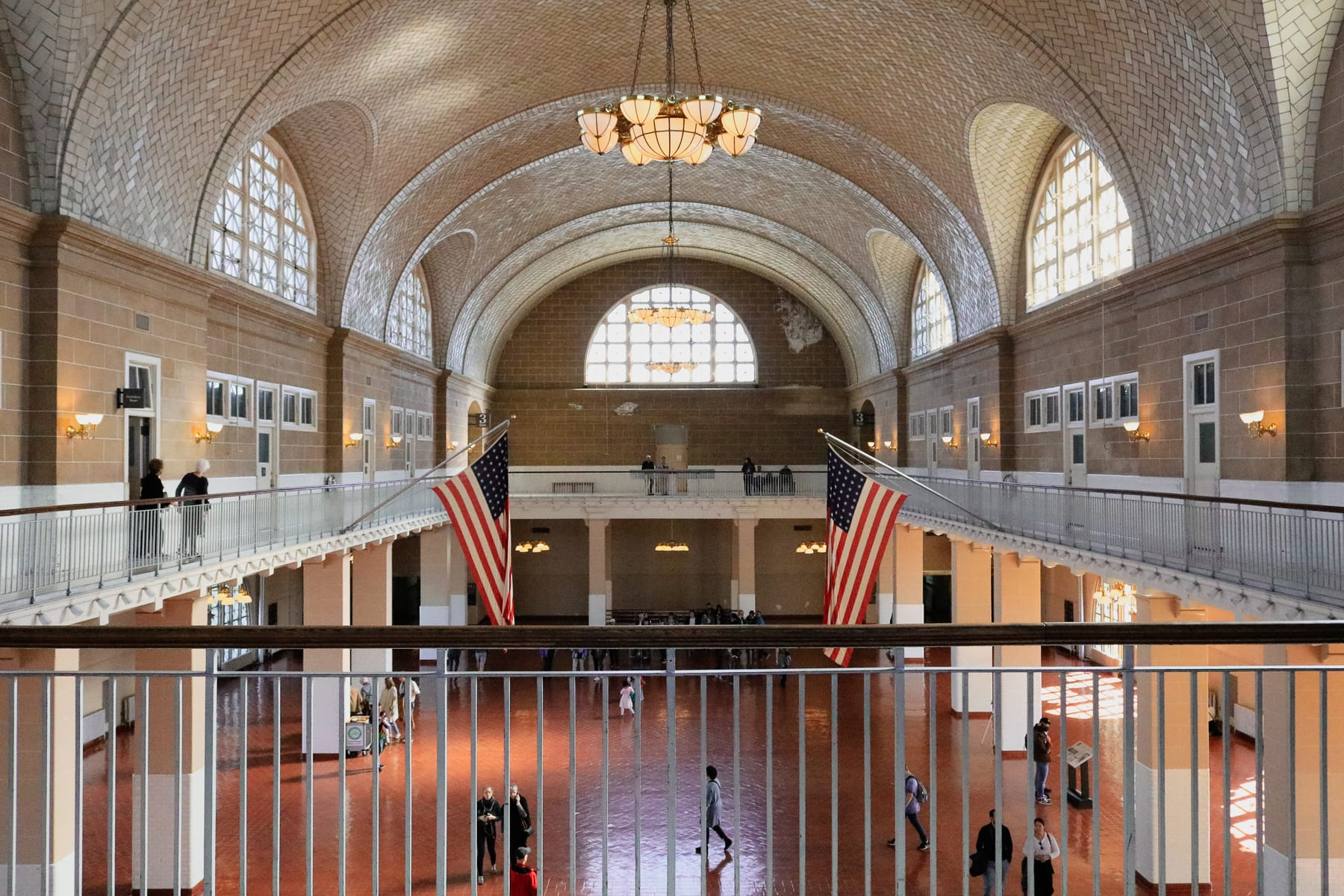 08-NY-journey-ellisisland09-1.jpg
