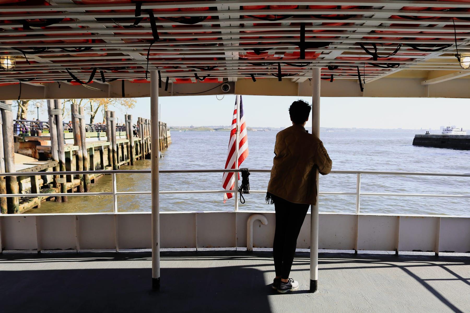 08-NY-journey-ferryride01-1.jpg