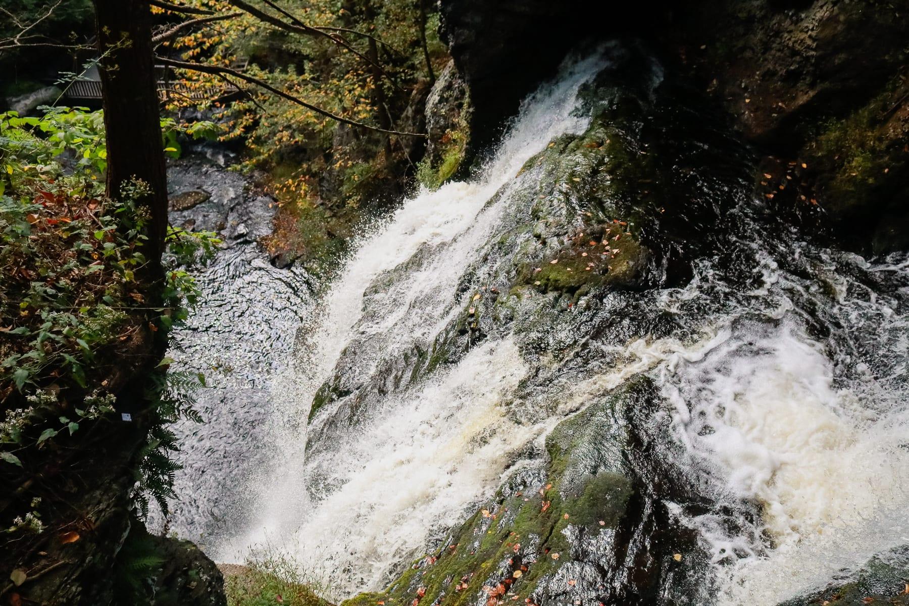 09-NJ-journey03-delawarewatergap-bushkillfalls05.jpg
