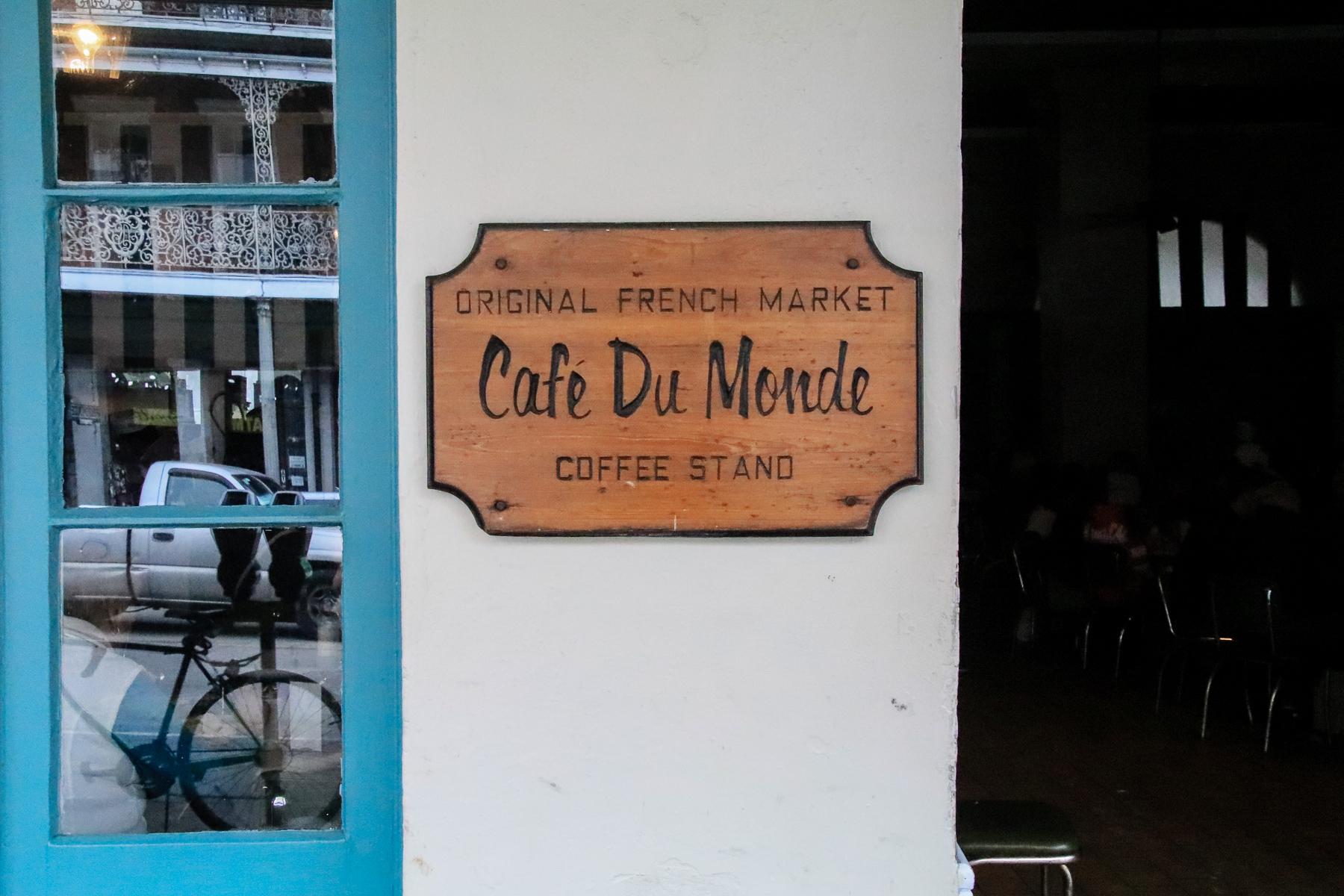 16-LA-journey-cafedumonde01.jpg