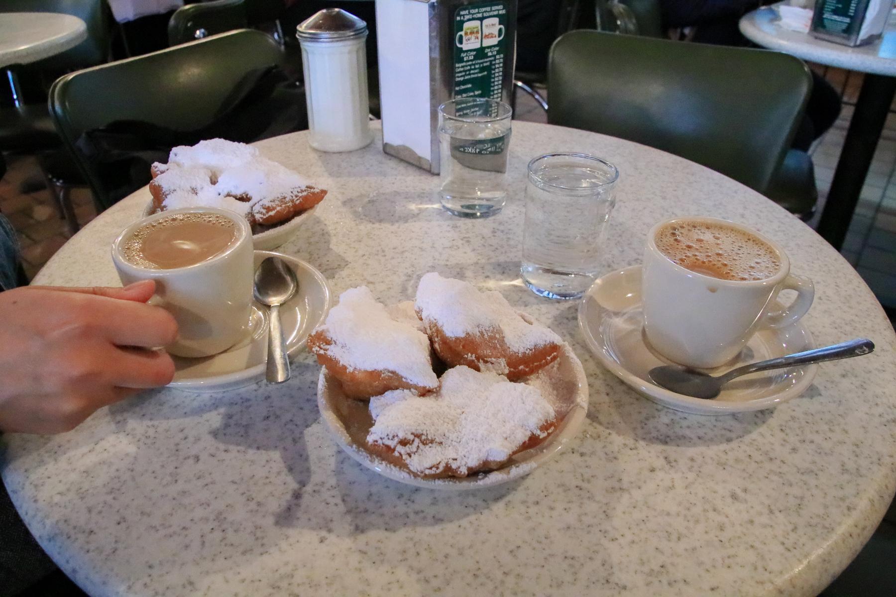 16-LA-journey-cafedumonde02.jpg