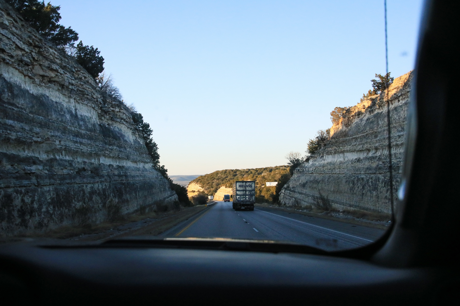 17-TX-journey-driving03.jpg